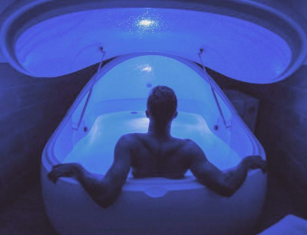 What Is Floating? Inside the Fitness Trend That Steph Curry and Joe Rogan Swear By
