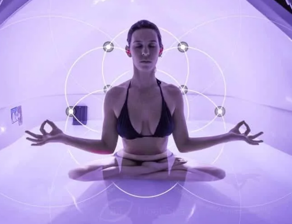 Tips for Meditating While Floating